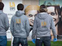 128. La-Steps